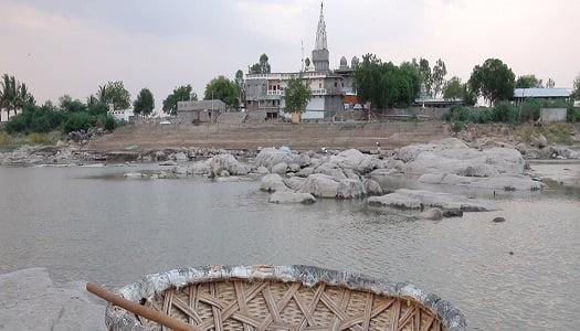 कृष्णा नदी काठ वरील कुरवपूर:Kuravpur Krishna River